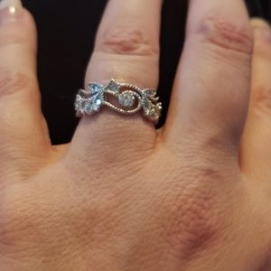 Fashion Ring - white gold filled (never worn)